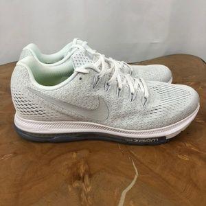 Nike Sneaker Women's 8 M/Y6.5